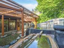 【西湯全景】青森ひば風呂や大岩くり抜き風呂など種類豊富な湯船巡りが楽しめる、温泉自慢の宿