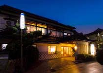 「ふぐ料理」と「源泉掛流し」を楽しむ宿 竹園旅館