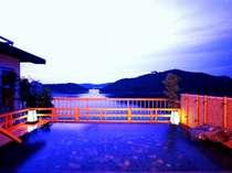 浜名湖を一望する絶景露天風呂「星のせせらぎ」