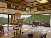 【新館コーナースイート】150平方メートルを誇る当館で一番グレードの高い客室です。