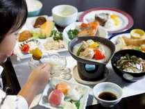 【子供膳】いっぱいありすぎて食べきれないよ~(^^)