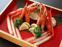 地元漁港水揚げの「紅ズワイ蟹」!(写真は2人前・一例)