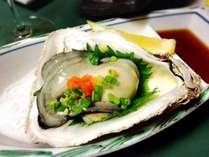 【メイン料理セレクション(1)】【通常より5000円OFF!】今が旬♪『大粒岩牡蠣1人2個』+『牛ステーキ』付♪