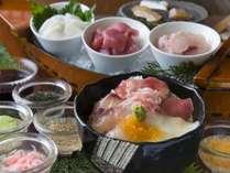 季の座人気の朝食 「漁師風飯」朝から食欲が止まらない!!