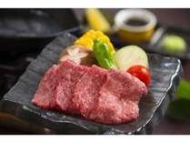 国産牛一口鉄板焼き&焼き野菜添え