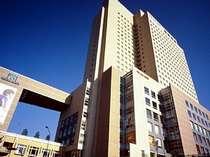 横浜桜木町ワシントンホテルは桜木町駅前にあり、ビジネス・観光に抜群の立地