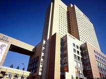 ★横浜桜木町ワシントンホテルは桜木町駅前にあり、ビジネス・観光に抜群の立地