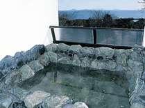 海一望の貸切露天風呂でペットと温泉浴を満喫♪