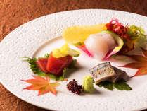 【秋の特別プラン限定】夕食ブッフェとともに、旬のお造りをご堪能ください。(写真は一例です)