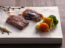 【会席・春】「和牛静岡育ち」と道南「大沼黒牛」の贅沢な漬けステーキ対決。
