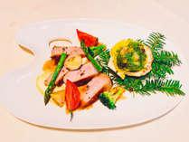 【プラン限定特典】夕食ブッフェにワンプレートをプラスしてより贅沢に。