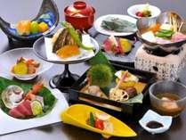 料理長渾身の山田家会席。西麓野菜や吟味した素材を堪能(秋の献立一例)
