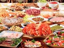 ○夕食は食べ放題バイキングスタイル♪お好きな料理をお好きなだけどうぞ。