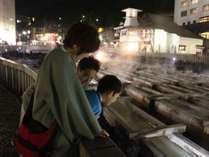 ○夜の湯畑観光はいかがでしょうか。湯畑までの無料送迎バスがご利用いただけます。