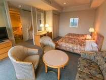 【シャトー館客室一例】洋洋室タイプ46平米