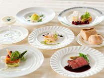 夕食に仏蘭西料理をお楽しみください。(イメージ)