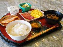 *朝ごはんは一日の活力の源!(朝食一例)