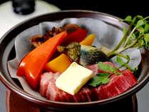 料理一例:とちぎ和牛陶板焼き じゅわっと旨みたっぷりのお肉をお楽しみいただけます