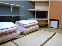 和室6畳【中央禁煙館 富士】(和布団)のお部屋です。話題の高反発マットレスを使用♪