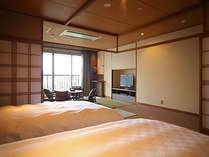 【和みフロア】和洋室D~窓側には心和む畳のリビング