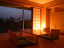 琉球畳新和室~室内の間接照明で寛ぎのひとときを
