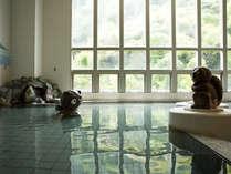 芝右衛門の湯~洲本市の民話「芝右衛門たぬき」をモチーフにしたお風呂