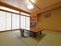 【8畳・ユニットバス洗浄機付トイレ】ご家族・グループにオススメのお部屋です。