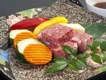 『黒毛和牛のステーキ』甘くてとろけるほど柔らかいお肉です。