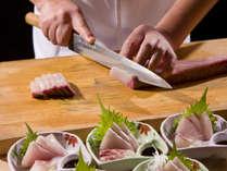 瀬戸内の新鮮魚貝をお造りにてご用意致します。