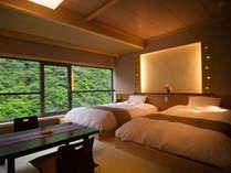 6階の特別和洋室から望む渓谷はとても綺麗に眺めることが出来ます。