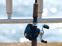 【手ぶらでOK】釣り具&エサもご用意・釣った魚は夕食に!のんびり島の釣り旅へ出かけよう。