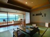 【雲の1】女性デザイナーが手掛けた露天付き客室は7室全てインテリアとデザインが異なる非日常空間。