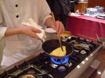 朝食のオムレツサービス 目の前でシェフが調理します♪