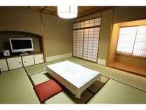 うこん・しこん博多駅の繁華街とは思えない静かさ!!8畳のお部屋です