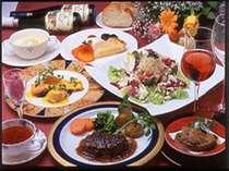 [写真]世界三大珍味付のフルコースディナー