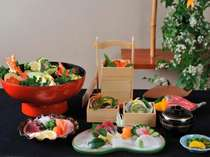 料理長一押しの土佐の厳選された海幸満載『黒潮祝い膳』を心行くまでご堪能していただきます。