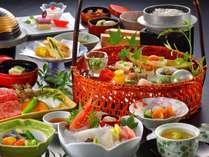 京風旬彩籠盛会席一例~地元の新鮮素材に拘り、仕入れや季節により変化する馳走に舌鼓~