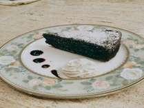 ※50周年記念プラン:ガトーショコラ+コーヒー・紅茶セット付プラン。1/3~3月末、特典:貸切風呂半額