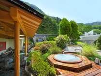 春夏のシルクバスと露天風呂(大浴場「きぬの夢」)