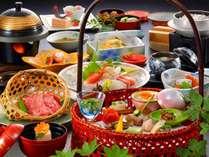 季節の地元食材を活かした手作り会席料理、グレードアップで贅沢気分でご満喫ください