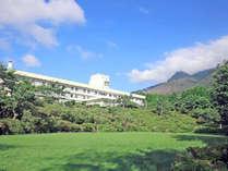 *芦ノ湖や箱根ロープウエイ近く・自家源泉の天然温泉!貸切風呂が24時間楽しめる高原のホテル