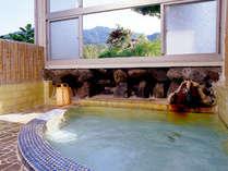 *天然100%の掛け流し温泉!豊富な湯量で心も体もリラックス♪