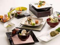 *【日本料理会席】(お食事一例)/四季折々の食材を使用した、山の幸をお楽しみ下さい,長野県,シティガーデンホテル信濃路