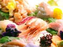 「天然のいけす」富山湾の『朝獲れ海の幸』を『魚津港から直送』で仕入れ♪素材の旨さを最大限に生かします