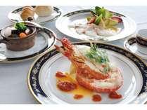 【フランス料理 レストラン シャトウ】工都・新居浜の夜景を眺めながらゆったりとしたディナーを