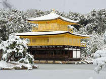 冬の京都(イメージ)♪こんな金閣寺は冬に1回見れるかどうかですが・・・