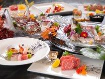 細やかな創作料理は特に女性に人気です。地元の新鮮な素材を新鮮なうちに。