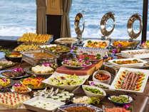 房総食彩ビュッフェ約40種のお料理が並びます。