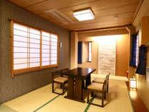 「和室デラックス」は、同窓会を兼ねたご宿泊などにも最適。 足を伸ばしておくつろぎ下さい~♪