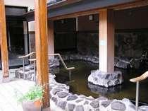 都会の中のオアシス☆岩露天風呂